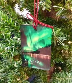 northern_lights_ornament_alaska_juneau_mark_kelley